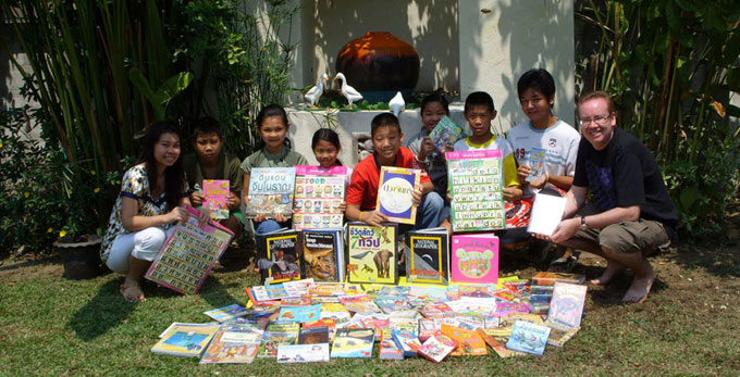 chiang-mai-childrens-fund--book-donation